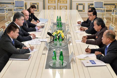 Petró Porochenko já declarou diversas vezes que uma guerra está sendo promovida contra a Ucrânia Foto: Reuters