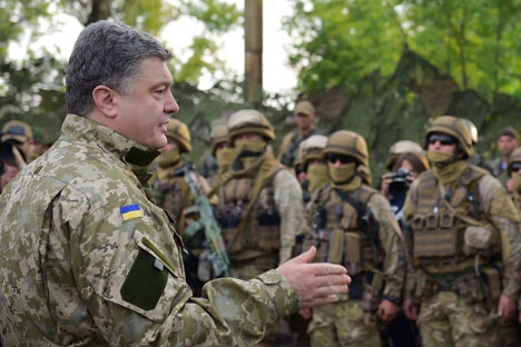 Poroshenko has approved a special military operations plan against Donetsk and Lugansk, involving the encirclement of the cities. Source: ITAR-TASS