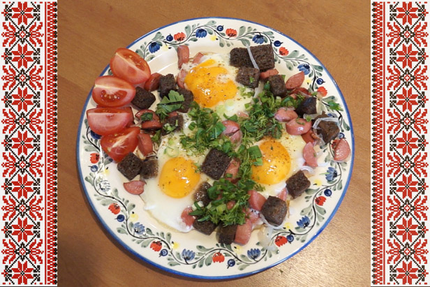 Delicious Russia: Eggs sunny side up for breakfast