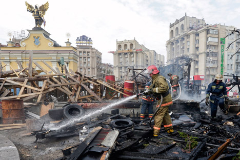 The Kommersant newspaper reports that the cleanup of Independence Square (Maidan) in Kiev has been completed. Source: Reuters
