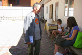 Volunteer without borders: How a Moscow expat is aiding Ukrainian refugees