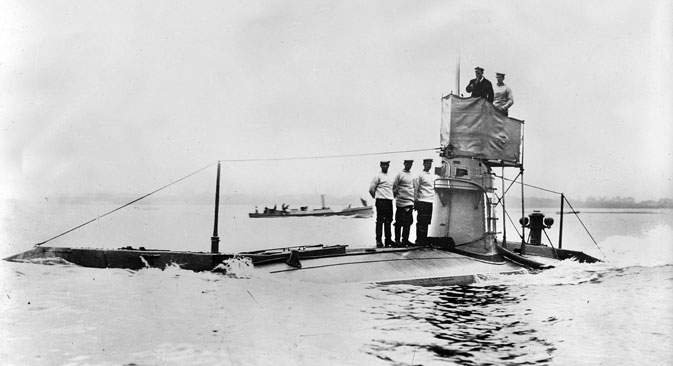 World War I, English submarine, 1914. Source: Getty Images / Fotobank