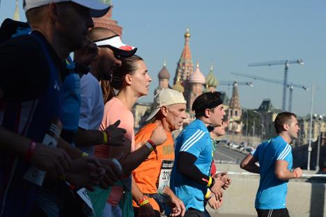 Mehr als 13 000 Läufer starteten am 21. September beim Moskau-Marathon. Foto: Jewgenji Biljatow/RIA Novosti