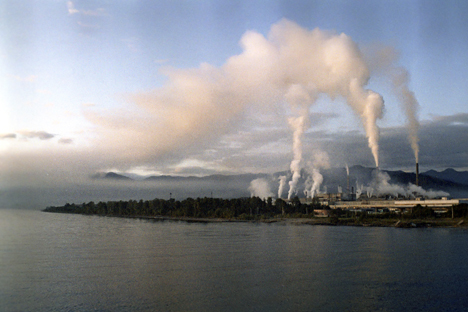The major industrial polluter of Lake Baikal is the Baikalsk Paper and Pulp Mill. Source: Peter Malinowski / RIA Novosti