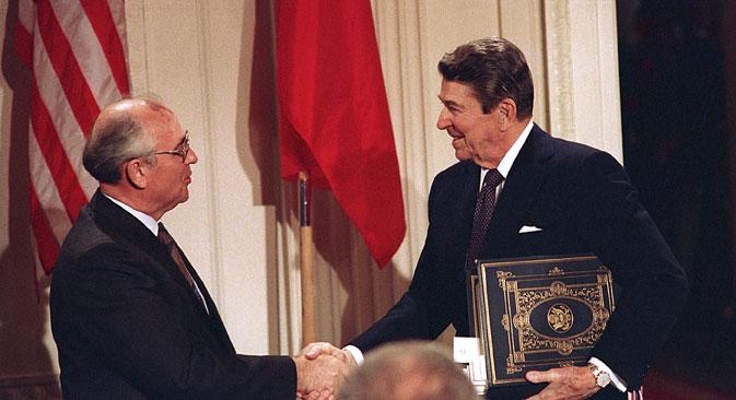 Os Estados Unidos acusaram a Rússia de violar o Tratado de Forças Nucleares de Alcance Intermediário, conhecido como Tratado INF, assinado por Mikhail Gorbachev e Ronald Reagan em 1987 Foto: AP