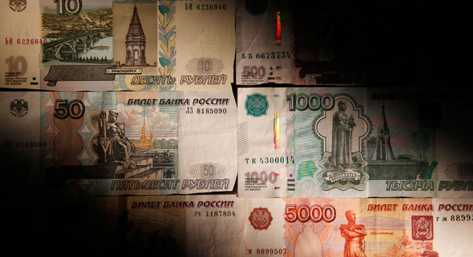 Market players say that the attack on the ruble is at its most acute since the spring of 2014. Source: Reuters