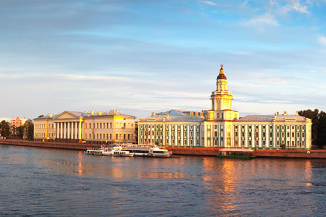View of the Kunstkammer across the Neva. Source: Lori / Legion Media