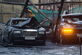 Mysterious blaze destroys 12 elite cars in Moscow