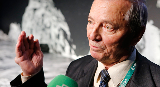 Klim Churyumov, astronomer and co-discoverer of comet 67P/Churyumov-Gerasimenko, talks to media at the European Space Agency ESA, 2014. Source: AP