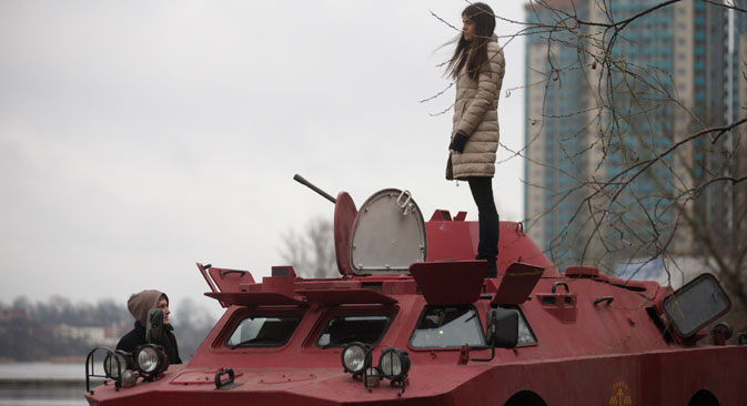 Meet St. Petersburg's first tank taxi, available for rent from $90 per hour. Source: RIA Novosti/Igor Russak