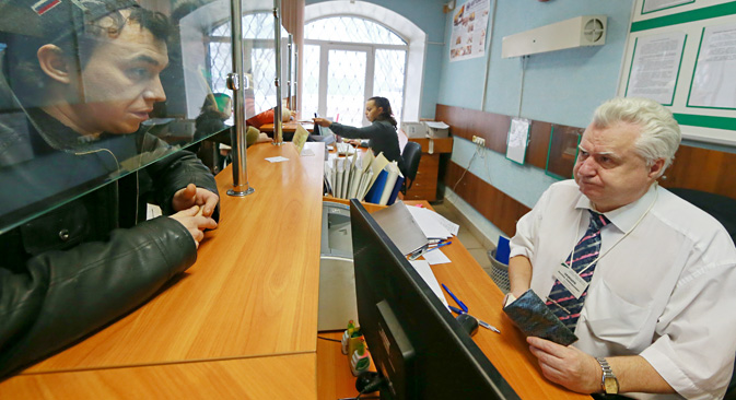 The Ministry of Economy predicts a rise in unemployment in Russia to 6 percent by the end of 2015. Source: Vladimir Smirnov / TASS