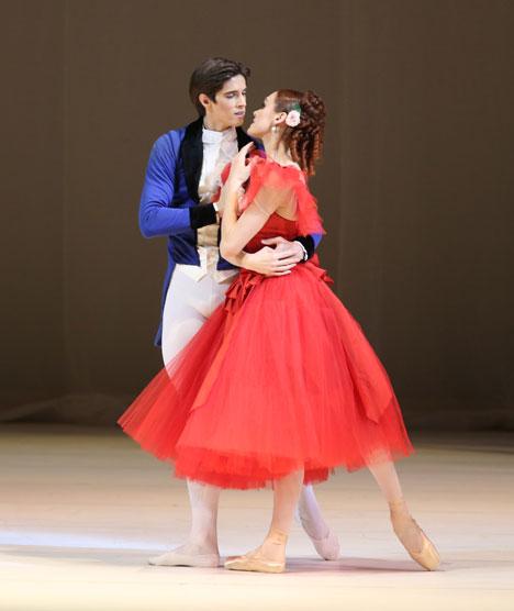 Ulyana Lopatkina with Xander Parish in 'Marguerite and Armand.' Source: Natalia Razina