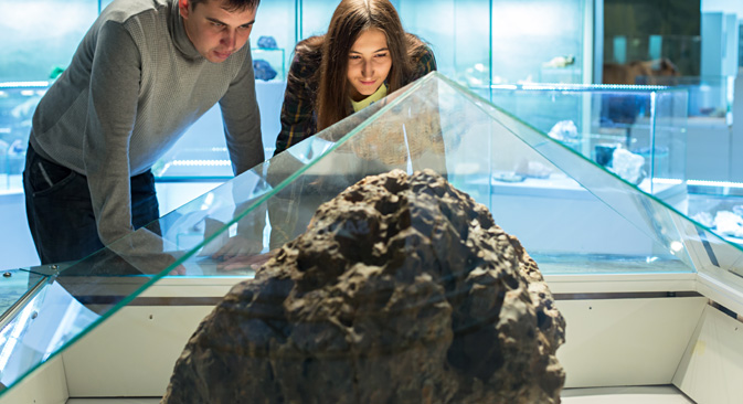 Chunk of Chelyabinsk Meteorite on display in local museum. Source: TASS / Gleb Lunin
