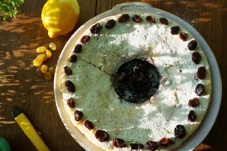 Lemon cake. Source: Anna Kharzeeva