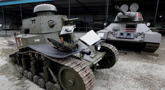 "An MS-1 (T-18) Soviet tank restored by the staff of the ""20th Century Equipment in the Primorye Territory"" military patriotic club's museum to take part in the celebrations of the 70th anniversary of the victory in the Great Patriotic War. Source:  Vitaliy Ankov / RIA Novosti"