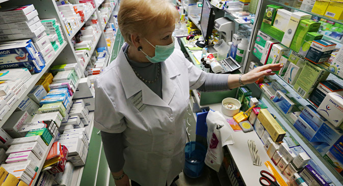 Russian ministers are discussing the parallel import of medications, cosmetics and consumer electronics. Source: Artem Geodakyan / TASS