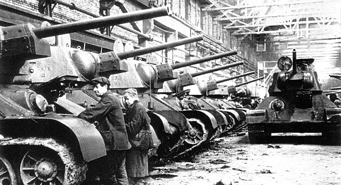 Assembled T 34 tanks in a shop of Chelyabinsk tank production factory. Source: TASS