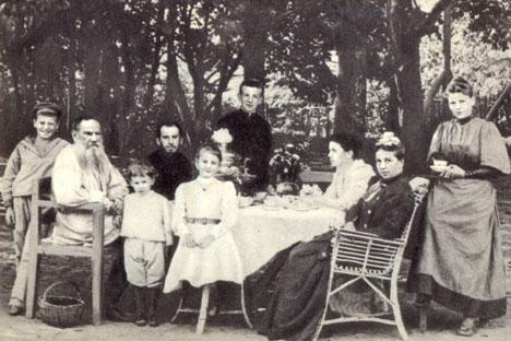 tolstoy_family