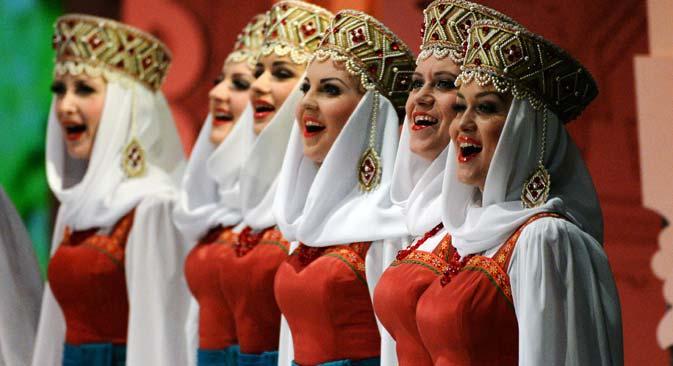 The Pyatnitsky Choir performs on the Historic Stage of the Bolshoi Theater. Source: Vladimir Pesnya / RIA Novosti