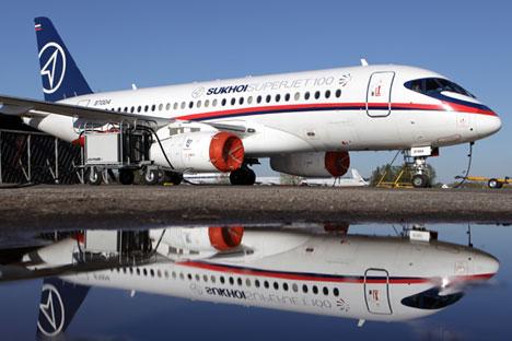 Embora concebido na Rússia, SSJ tem 50% dos componentes importados