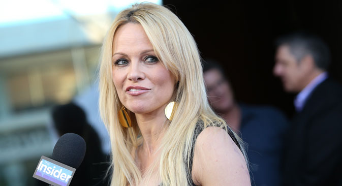 Pamela Anderson wrote an open letter to Russian President Vladimir Putin asking Russia to block the North Sea route of the ship Winter Bay, which is carrying 1.7 tons of fin whale meat from Iceland to Japan. Source: AP