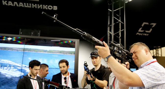 The Kalashnikov stand at the Army 2015 International Military Technical Forum, Moscow, June 17, 2015. Source: Mikhail Pochuyev / TASS