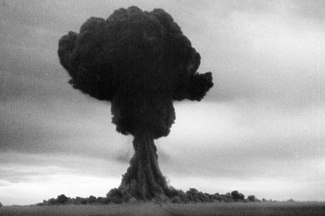The first soviet atomic bomb test, first lightning, Semipalatinsk test site area, Aug. 29, 1949. Source: Getty Images