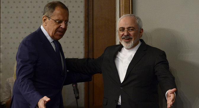 Iranian Foreign Minister Mohammad Javad Zarif and Russian Foreign Minister Sergey Lavrov attend a press conference at the Russian Foreign Ministry's guest house in Moscow, on August 17, 2015. Source: Getty Images / Fotobank