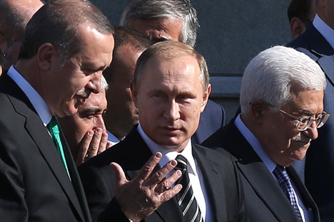 The President of Turkey, Recep Tayyip Erdogan, Russian President Vladimir Putin and Palestinian President Mahmoud Abbas (left to right) at the opening of the Moscow Cathedral Mosque. Source: Valery Sharifulin / TASS