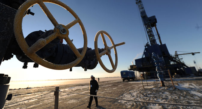 "Natural gas drilling rig ""Yekaterina"" at the Bovanenkovo field in the Yamal-Nenets Autonomous District. Source:  Alexey Filippov / RIA Novosti"