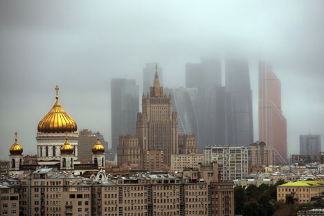 The size of the market, fairly stable macroeconomic indicators, the available human resources and basic infrastructure are still the strengths of Russia's competitiveness, say WEF experts. Source: Ramil Sitdikov / RIA Novosti