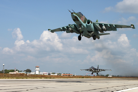 Dalam melakukan tugas, pilot kami berlaku sangat profesional dan mematuhi semua syarat keamanan, kata Juru Bicara Kementerian Pertahanan Rusia Igor Konashenkov menegaskan.
