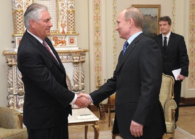 Vladímir Putin con Rex Tillerson en el Kremlin en 2012.