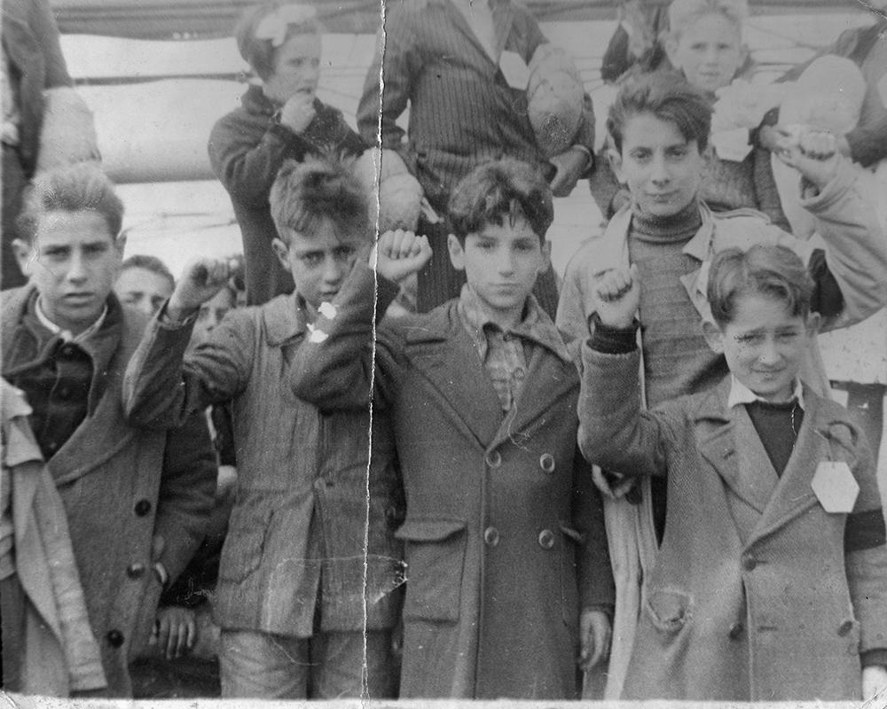Niños de la guerra. Fuente: Olga Brocca Smith, Wikipedia