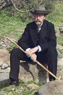 Fotografía de Serguéi Prokudin Gorskii (detalle de una imagen mayor), a orillas del río Karolitskhali (1912). (Fuente: Biblioteca Digital Mundial)