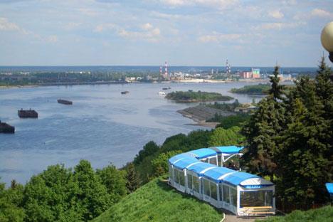 El río Volga a su paso por Nizhni Nóvgorod. Fuente: Wikicommons/ Vladímir Menkov