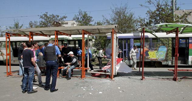 """La primera de las bombas explotó frente a la céntrica  parada de tranvía """"Plaza de la Ópera"""". Fuente: Itar Tass"""