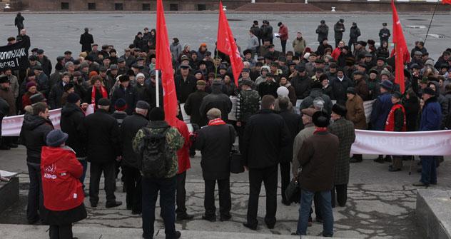 800 personas participaron en una marcha organizada en contra del acuerdo. Fuente: Itar Tass