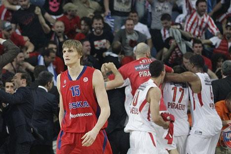 Kirilenko, estrella del CSKA, justo después de la final. Fuente: CSKAbasket.com)