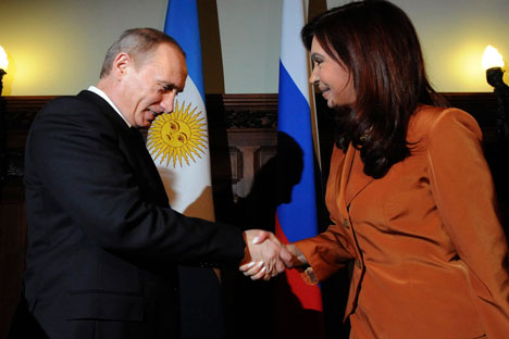 Vladímir Putin junto a la presidenta Cristina Fernández de Kirchner. Fuente: Reuters.