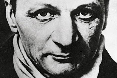 En 1926 Platónov fue elegido miembro del Comité central de la Unión para la agricultura y los bosques, por lo que tuvo que trasladarse a Moscú.