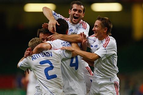 Jugadores de la selección rusa celebran un gol. Foto: Getty Images/ Fotobank.