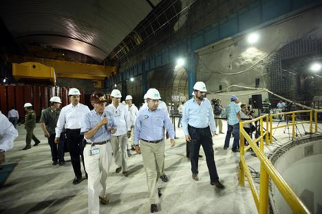 Supervisión de los avances en la construcción de la Yesca. Fuente: Flickr.