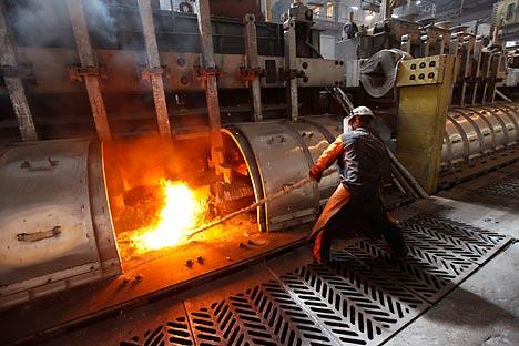 Lisin señala que desde 2007 la rentabilidad media del sector se redujo de un 29% a un 12%. Fuente: Reuters / Vostock Photo.