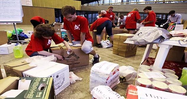 Voluntarios preparan ayuda para la emergencia en Krasnodar. Fuente: Valeri Mélnikov/RIA Novosti