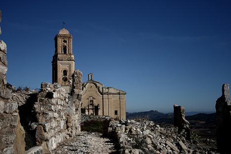 En el antiguo pueblo de Corbera d'Ebre se conservan los restos del bombardeo durante la Batalla del Ebro. Fuente: Flickr