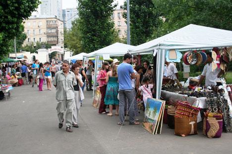 El festival cuenta con diversos apartados de entretenimiento: cocina, mercadillo, lounge... Fuente: Darya Rodiónova.