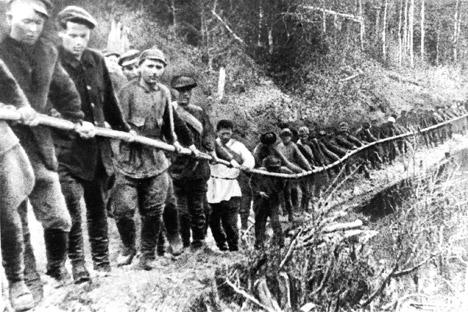 Prisioneros del gulag. Fuente: ITAR-TASS.