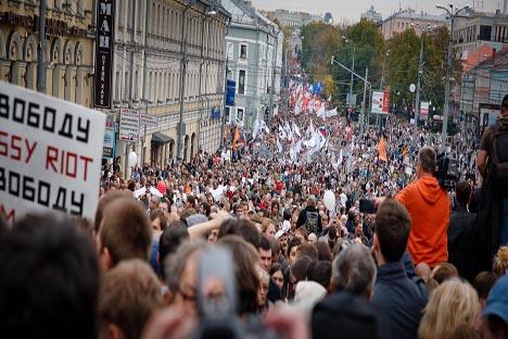 se puede constatar que el movimiento de protestas no ha obtenido ningún resultado político. Fuente: Ruslan Sujushin.