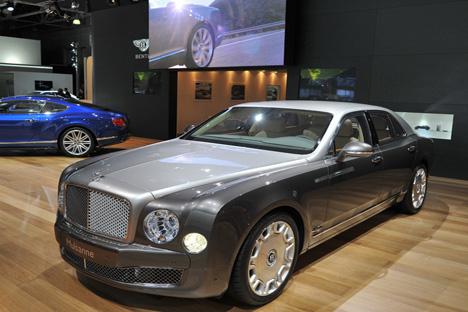 Bentleyes es el coche con el que sueñan la mayoría de los periodistas. Fuente: kommersant